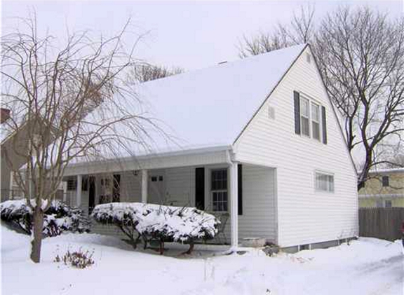3 Bedroom House for sale in Tiverton, RI